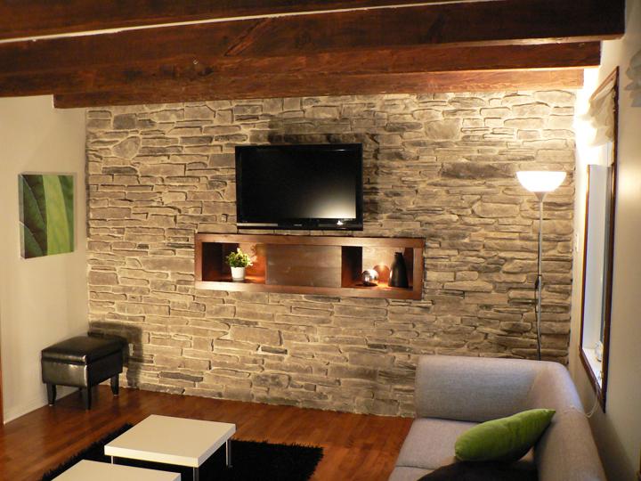 Pomys y na ciany z kamienia nadaj charakter modne wn trza - Peindre mur brique interieur ...
