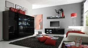aranzaca salonu z czerwonymi elementami