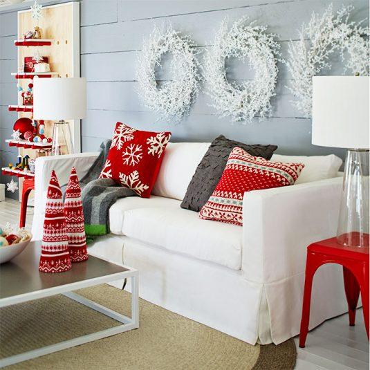 christmas-with-scandinavian-style-102265429-535x535