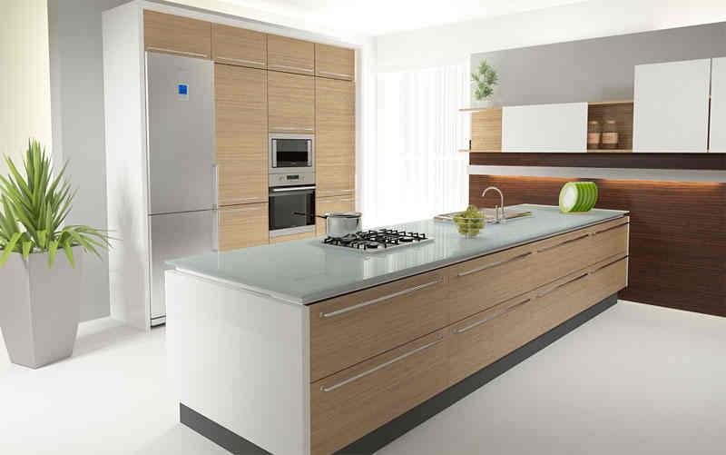 Jasne drewno w kuchni -> Kuchnie Jasne Z Czarnym Blatem