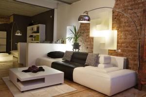 nowoczesne lampy w salonie