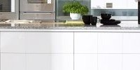 uniwersalna biel w kuchni