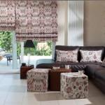 aranżacja salonu w kwiatowe wzory