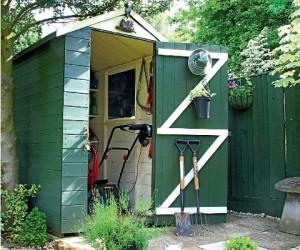 przechowywanie narzędzi ogrodowych